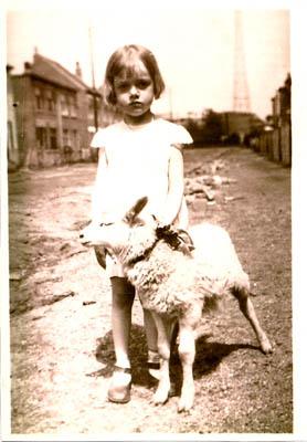 Josée Schliemann as a child in Brussels.
